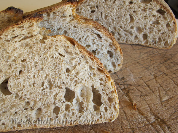 Pain au Levain with whole spelt and sesame seeds crumb 