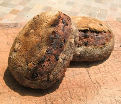 """Pain """"Jude"""" aux noix et raisins"""